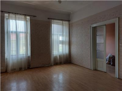 Apartament cu vedere spre Bv. Revolutiei